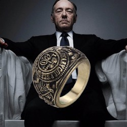Anillo de Frank Underwood. House of cards