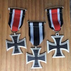 Lote réplicas cruces de hierro 1870 - 1914 -1939