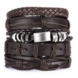 Juego de 5 pulseras cuero marrón.