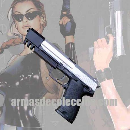 TOMB RAIDER: H&K USP. Lara Croft's gun