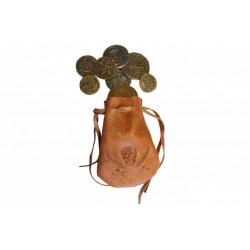 Bolsa de pele com oito moedas de época