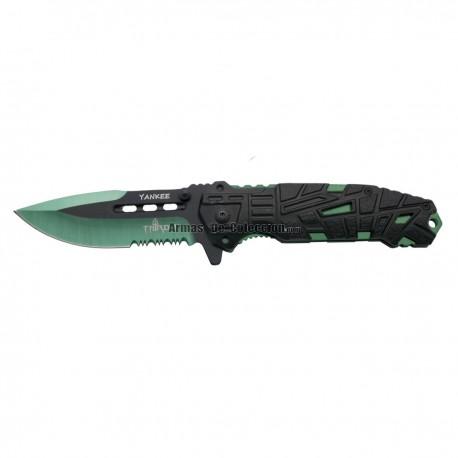 Navaja asistida Third Yankee K2796GNS, mango de alumino negro con agujeros, hoja de acero inox de 10.5 cm.